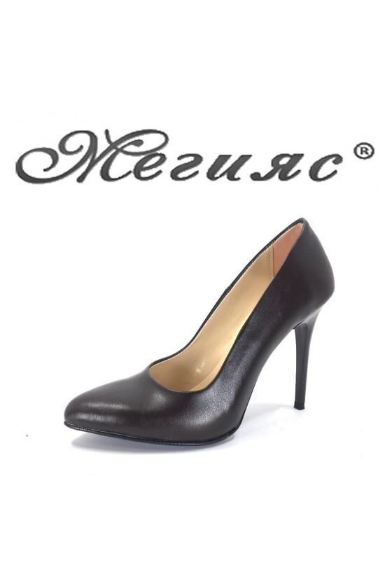 162 Дамски обувки кафявa кожа елегантни на ток