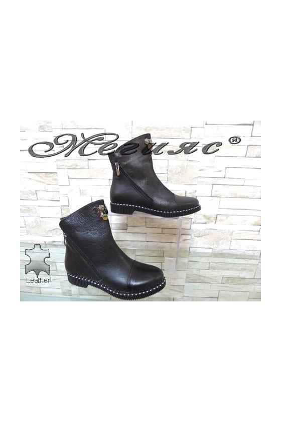 303-M  Women boots black leather