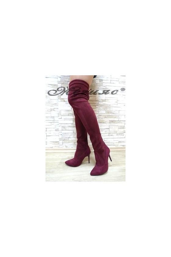 1006 Дамски ботуши цвят бордо тип чизми от велур