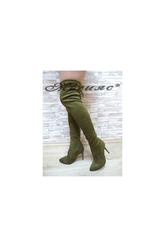 1006 Дамски ботуши зелени тип чизми от велур