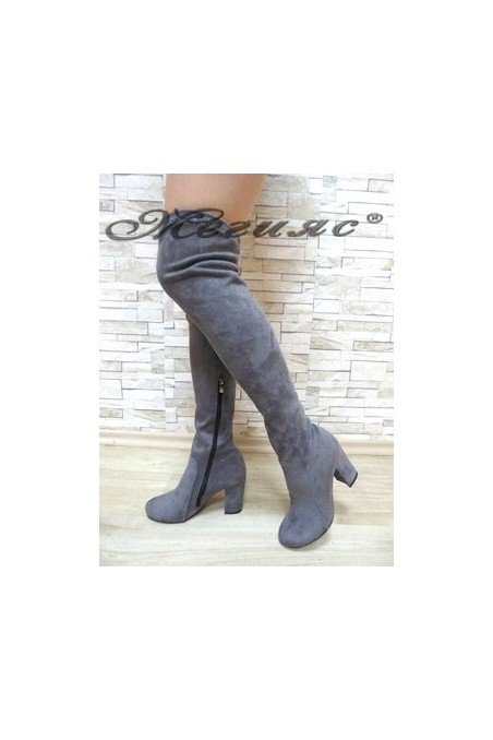 067 Lady long boots grey suede