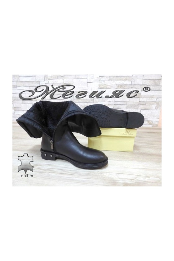 141-1 Women boots black  leather