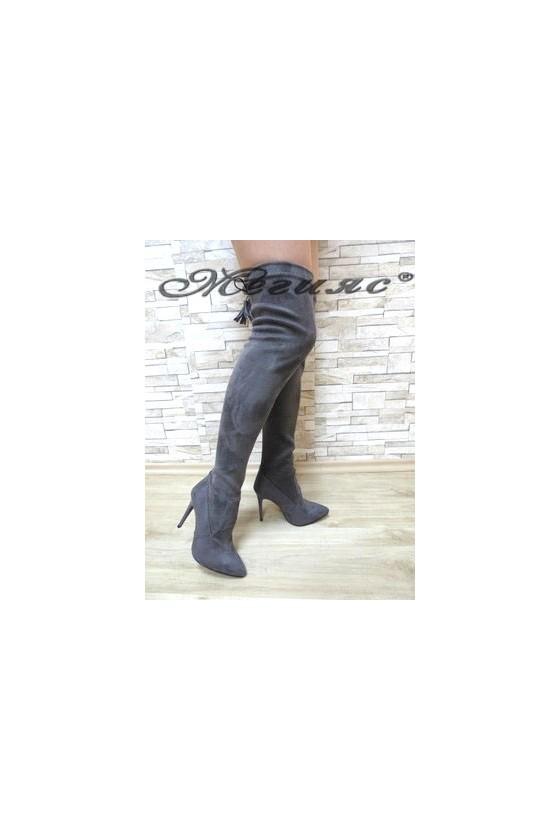 1006 Дамски ботуши сиви тип чизми от велур