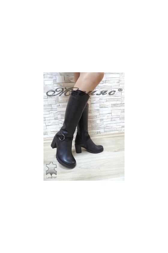 670-370 Дамски ботуши черни от естествена кожа