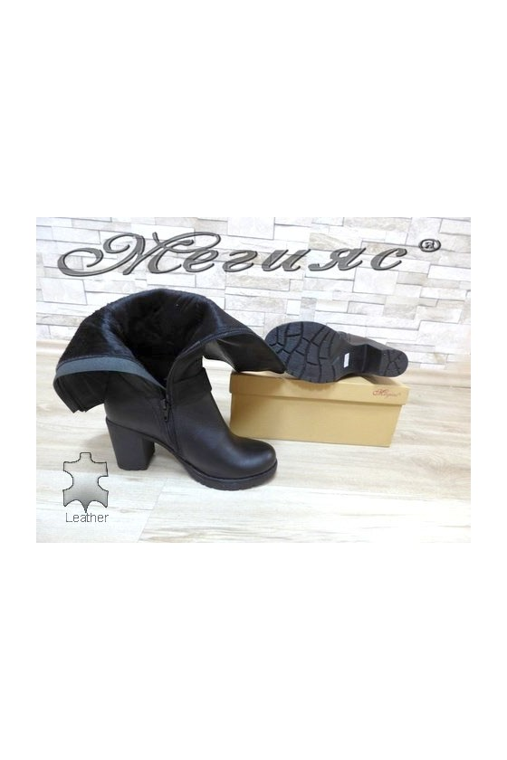 670-370 Lady boots black leather