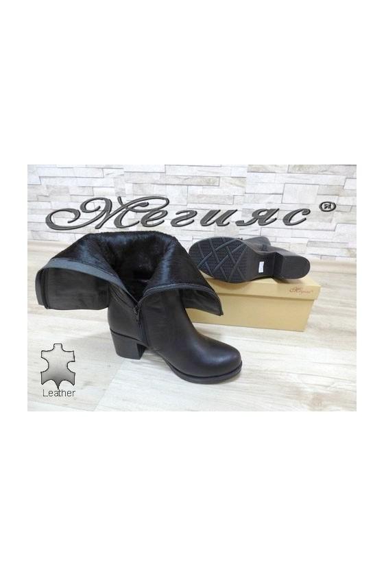 909-423 Lady boots black leather