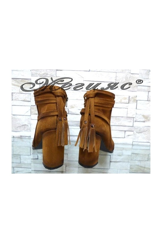 4461 Lady elegant boots brown suede