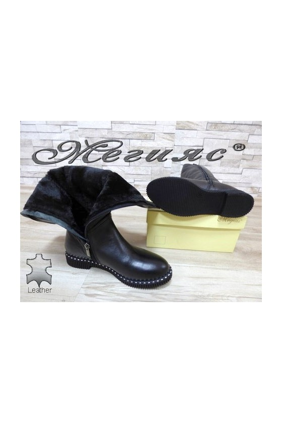 237-7 Lady boots black leather