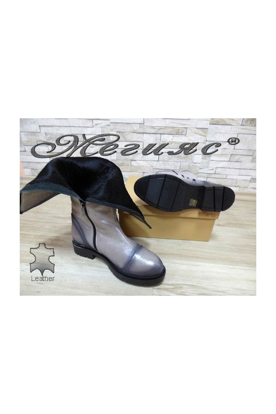 900 Lady boots grey leather