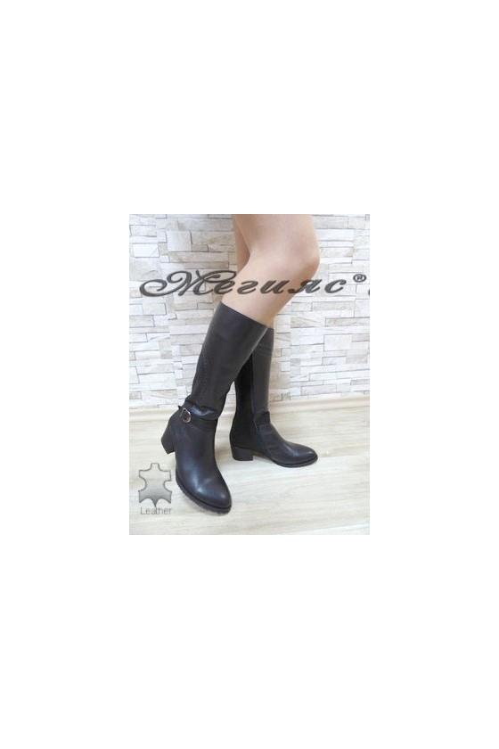 1246-01-30  Дамски елегантни ботуши черни от естествена кожа