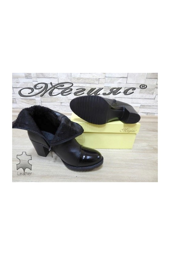 1000/01 Women boots black leather