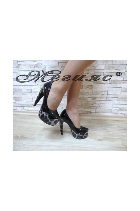 MAGGIE 13-3367 Дамски елегантни обувки черни със сива шарка