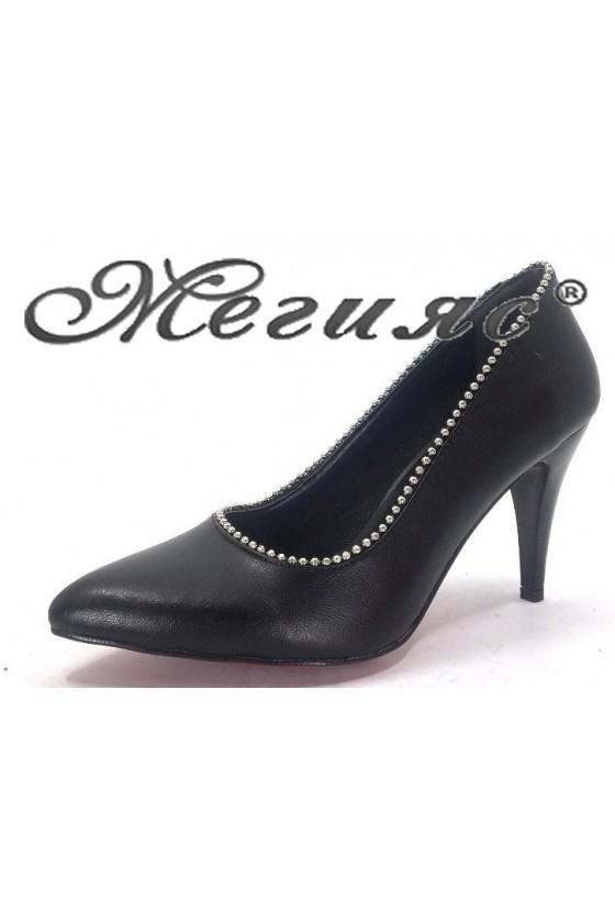 1335 Дамски обувки черни елегантни от еко кожа