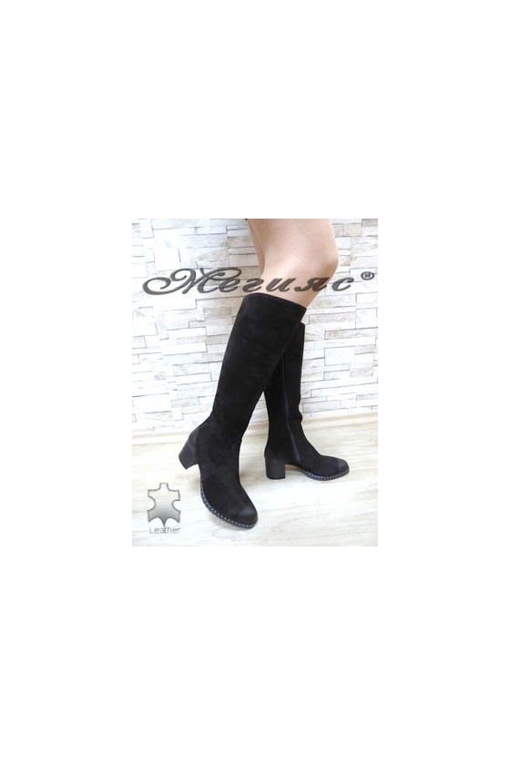 527 Women boots black suede