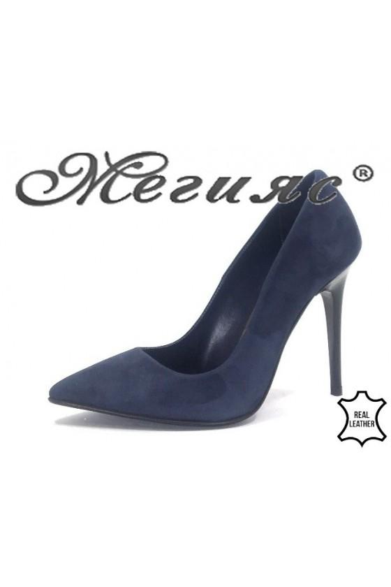178-42  Дамски обувки син велур елегантни остри на тънък ток
