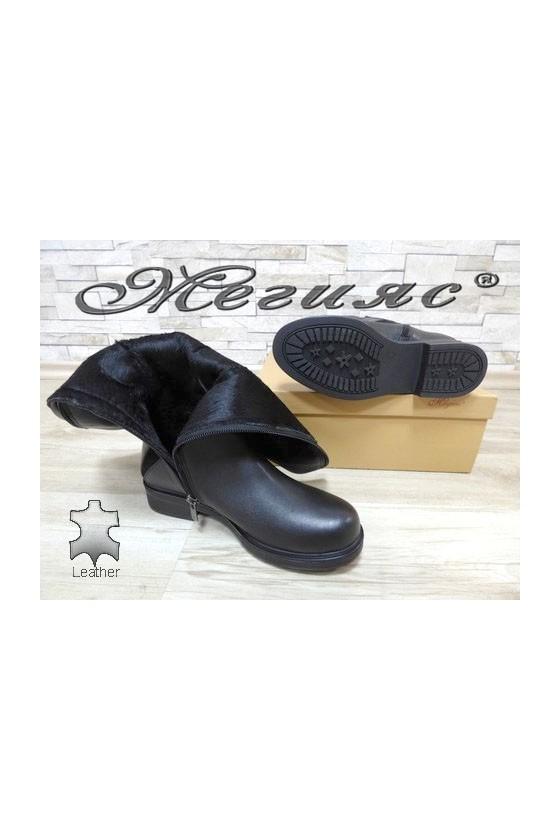 4300 Дамски ботуши черни от естествена кожа