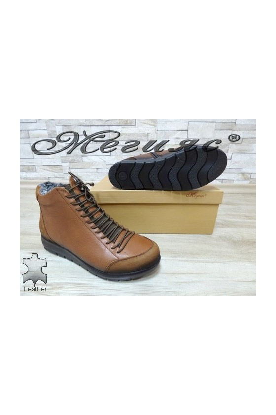 5557 Lady boots brown leather