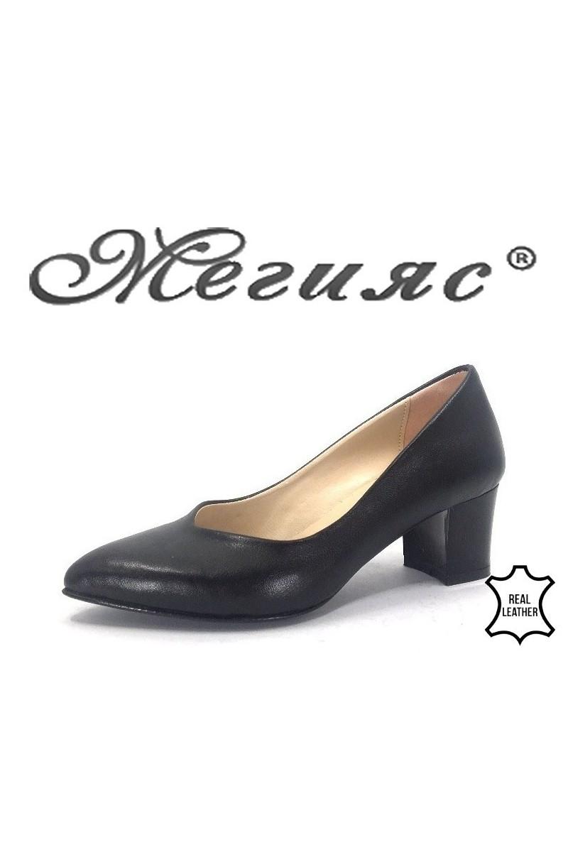 71 Дамски обувки черни от еко кожа