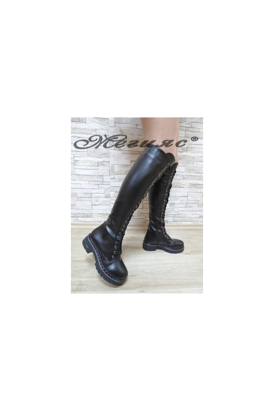 17051 Women boots black pu