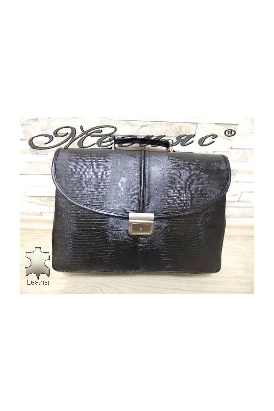 1313-142 Бизнес чанта черна кроко от естествена кожа