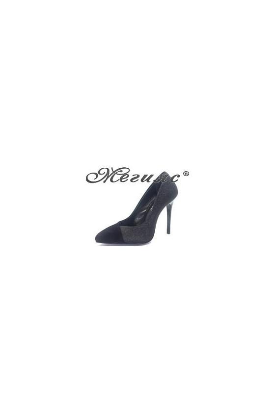2028 Дамски обувки черен велур със черен брокат елегантни на висок  ток