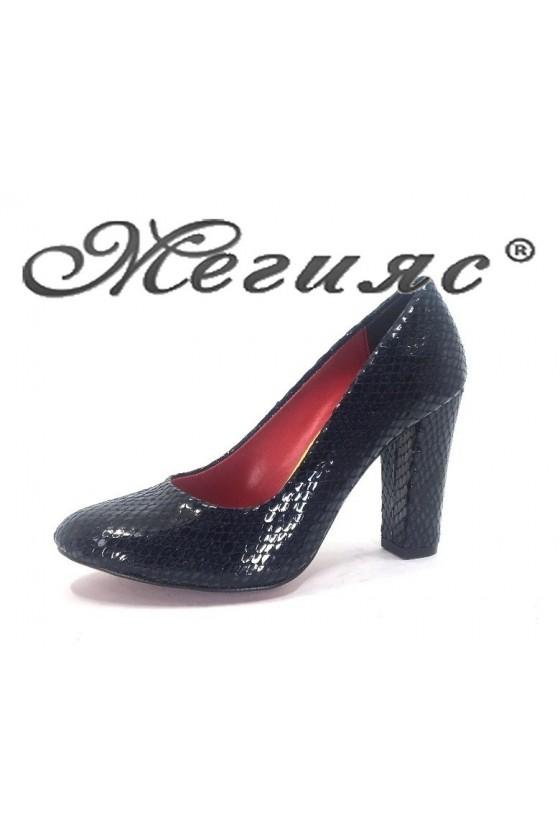 78 Дамски обувки сини кроко лак елегантни на висок ток