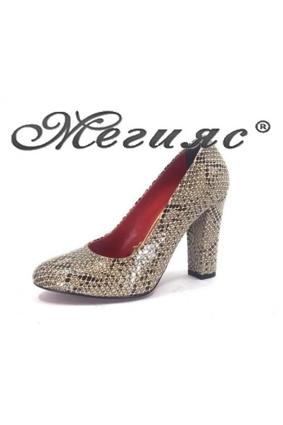 78 Дамски обувки бежова кожа елегантни на висок ток