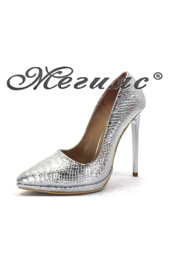 00500 Дамски обувки сребърни от еко кожа елегантни на висок ток