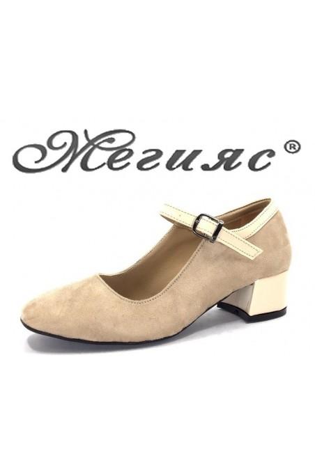 5676 Дамски обувки бежов велур с лак елегантни на нисък ток