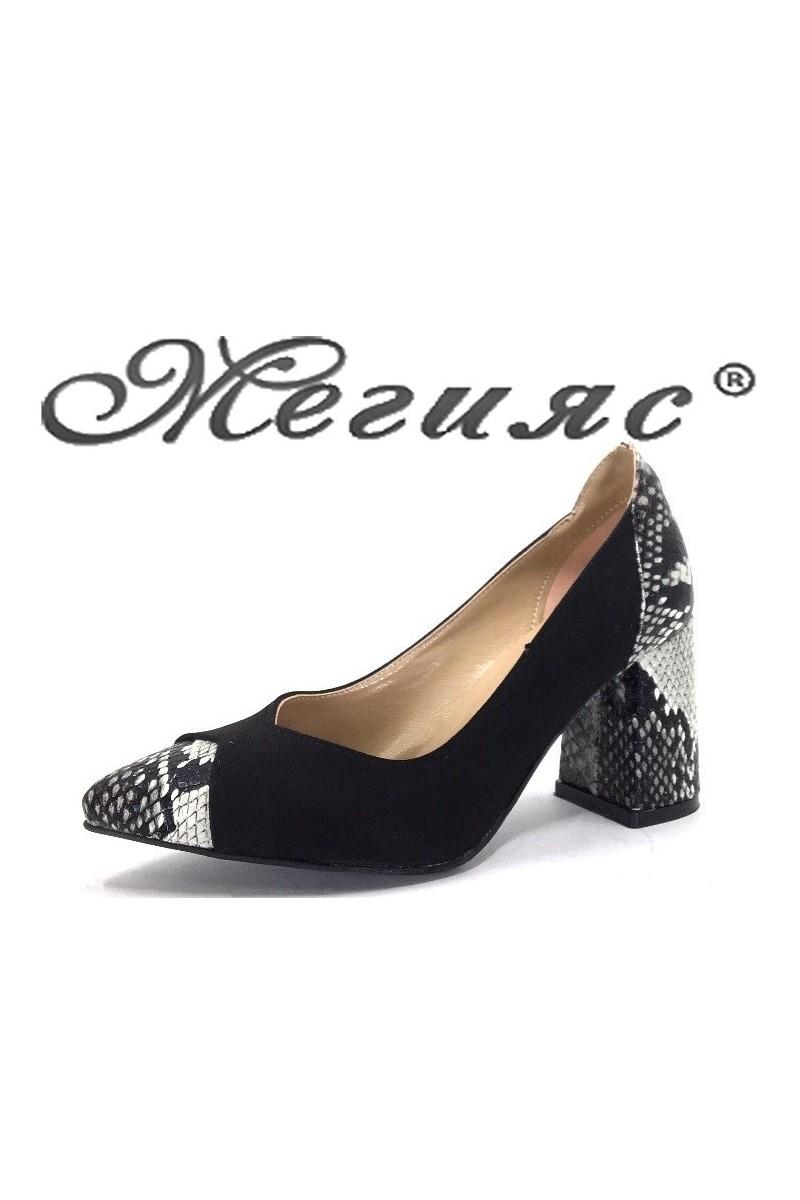 1100 Дамски обувки черно велур и еко кожа със змийска шарка