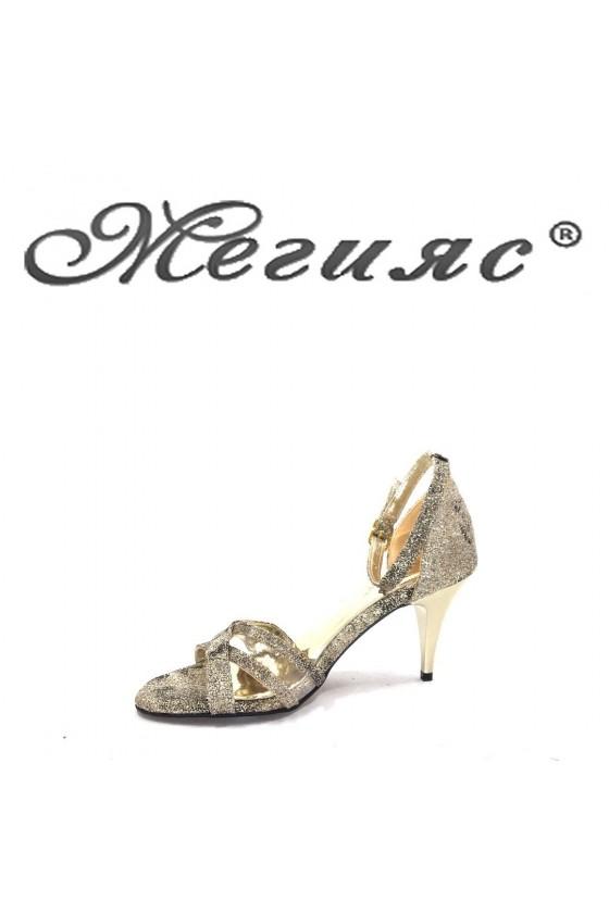 1756 Дамски сандали златен брокат елегантни на среден  ток