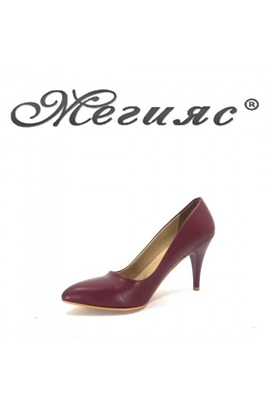 150 Дамски остри обувки бордо елегантни на ток