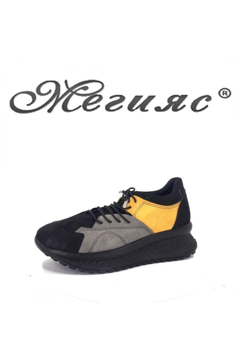 2003-01 Дамски спортни обувки черно с жълто от еко велур