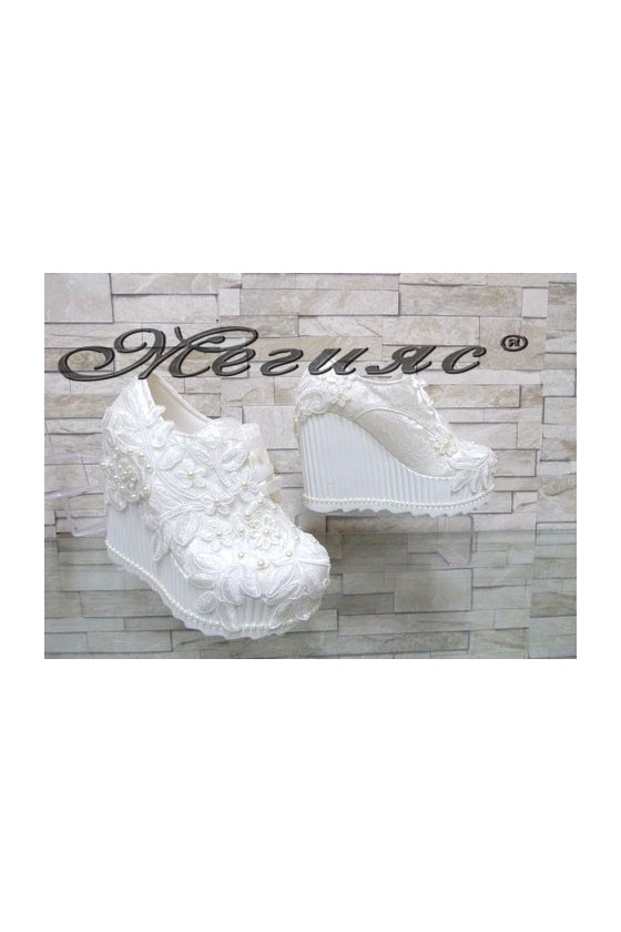 710-10 Lady platform shoes white