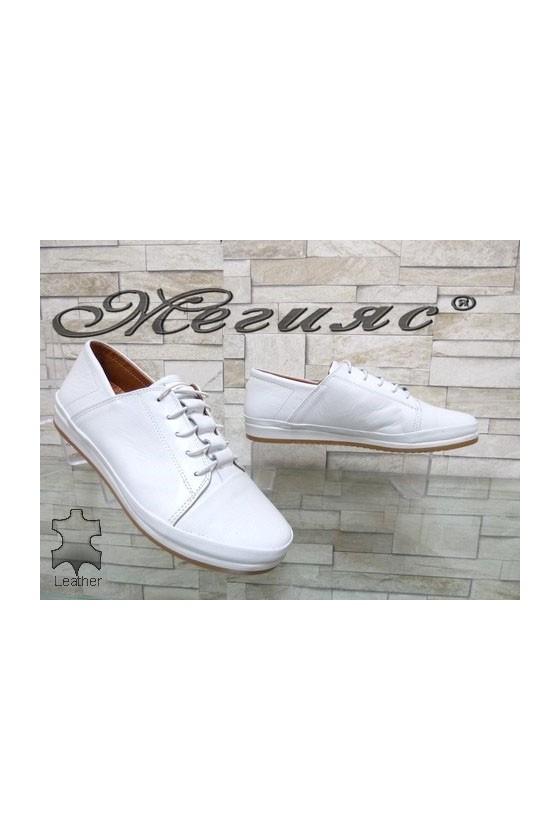 309 Дамски обувки бели от естествена кожа