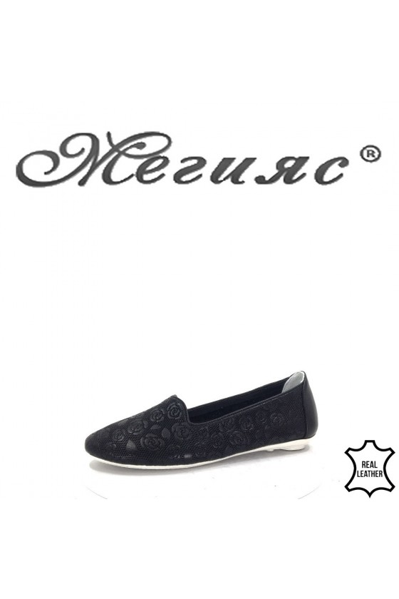1003  Lady shoes black leather