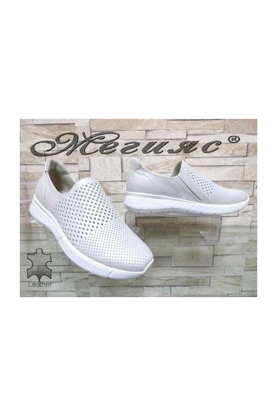 117-67 Дамски спортни обувки бели от естествена кожа