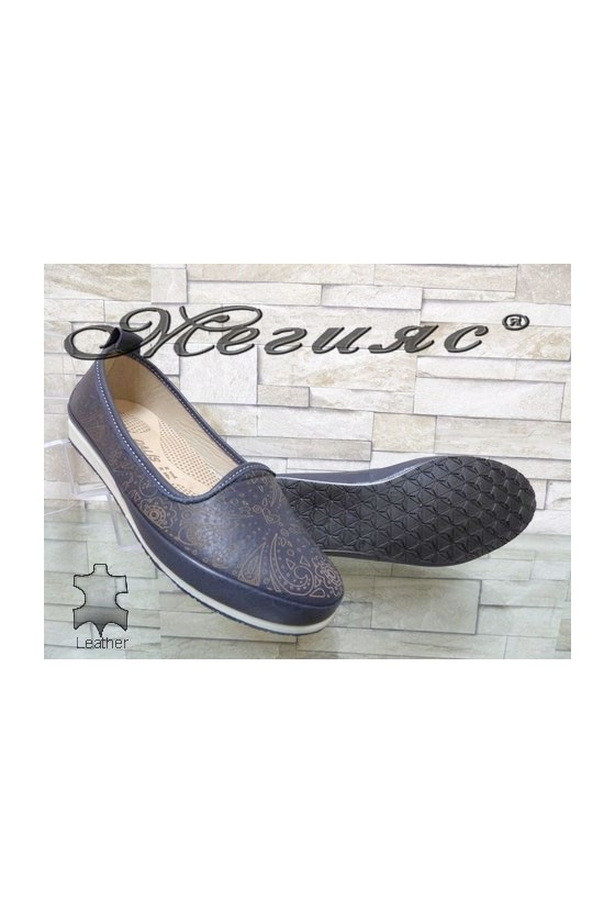 802 Lady shoes blue leather
