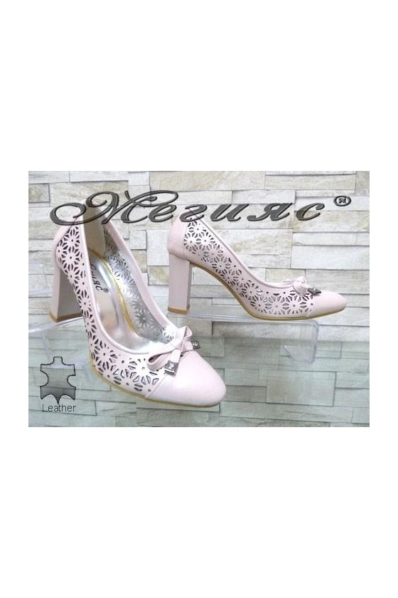 2013-143 Дамски елегантни обувки пудра от естествена кожа на широк ток