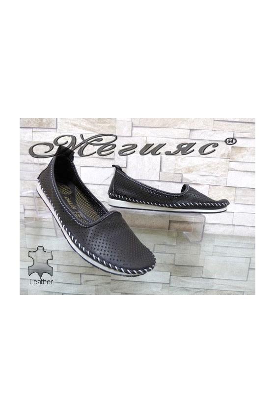 810 Дамски обувки черни от естествена кожа