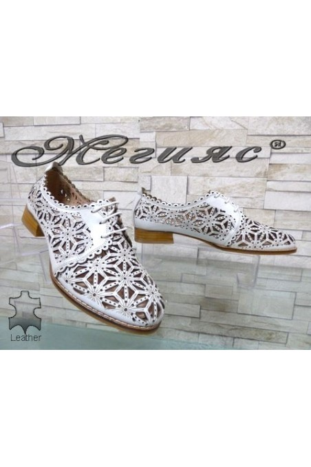 306-25 XXL Lady shoes white leather