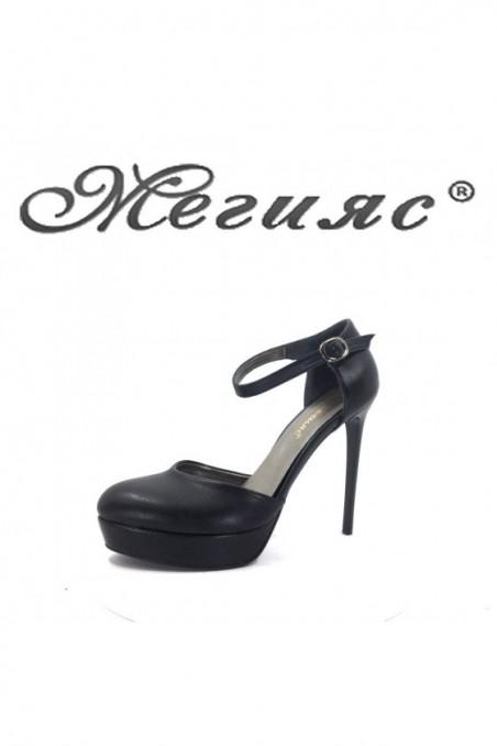 573-1 Дамски сандали черни от еко кожа на висок ток