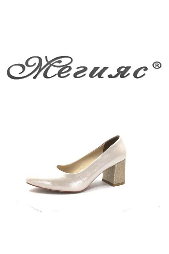 873  Дамски обувки бежови елегантни на ток
