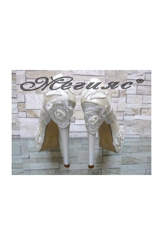 03-K Lady elegant shoes white pu