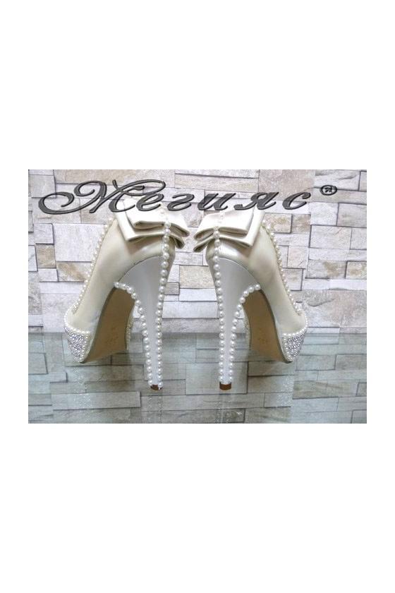 09-K Women elegant shoes white pu