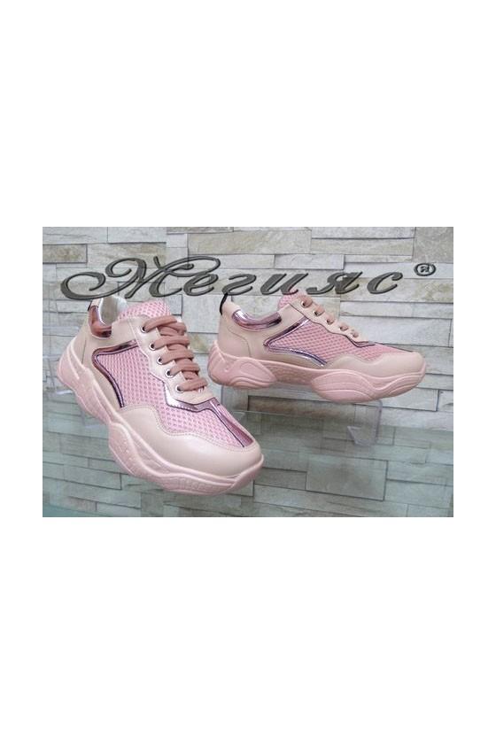 7766 Дамски спортни обувки пудра от текстил и еко кожа