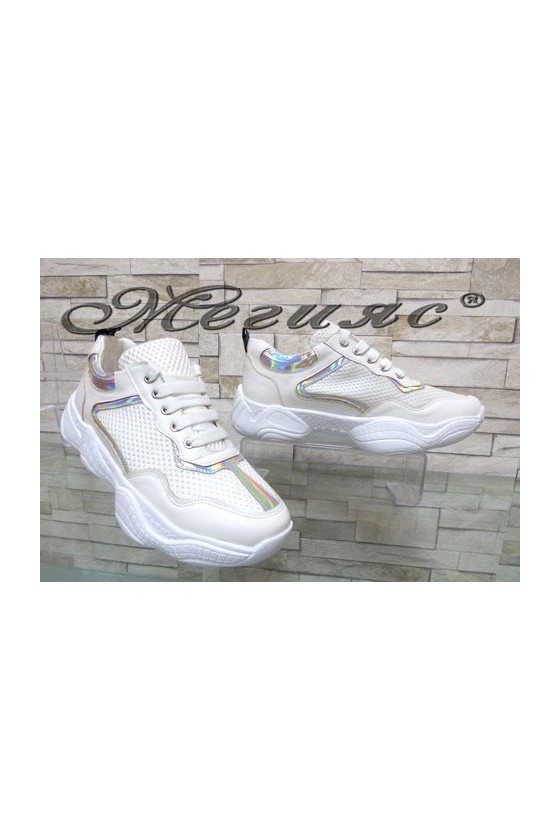 7766 Lady sport shoes white pu
