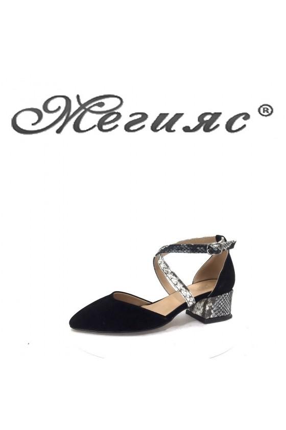 036 Дамски сандали черен велур елегантни на широк ток
