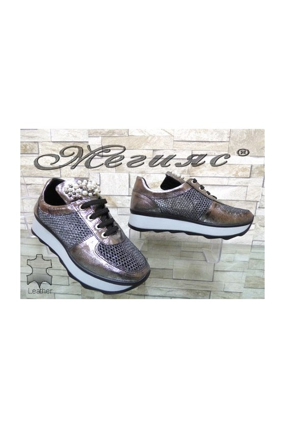 57-152 Women sport shoes dark silver leather