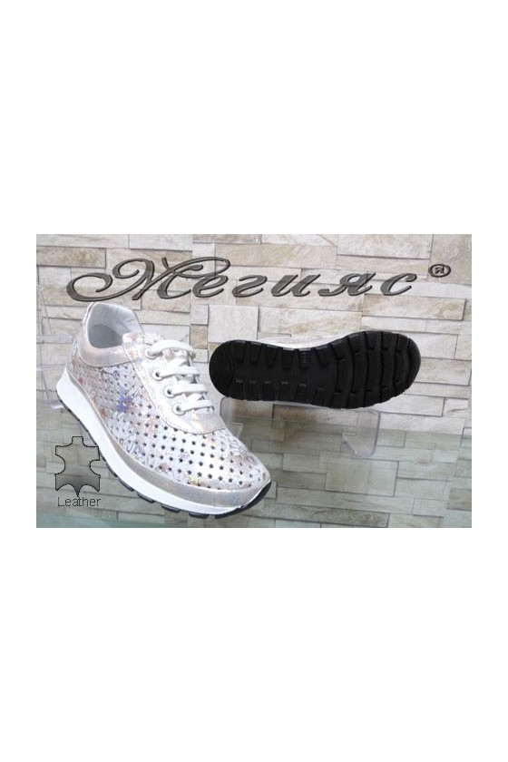 3a-1 Women sport shoes silver leather